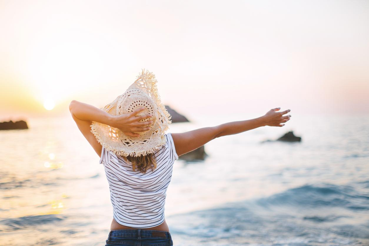 Protect Your Hair on Vacation: Overcoming Sun, Chlorine, and the Elements