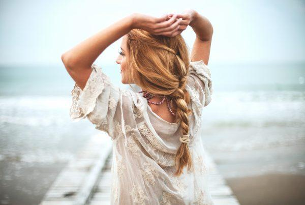 Relax at the beach this summer with trendy beach hairstyles.