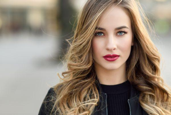 Maintain hair color longer with these six steps and visits to Deseo Salon & BlowDry!